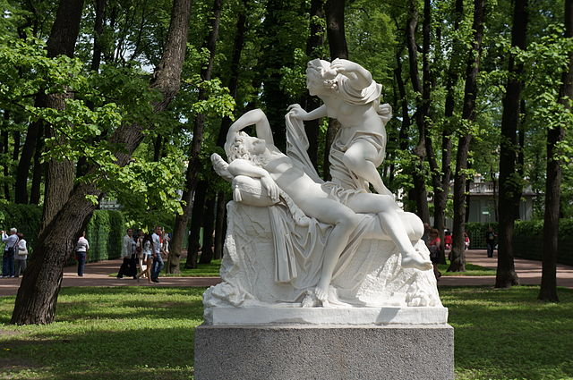 Скульптурная группа «Амур и Психея»