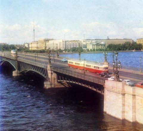 Кировский мост (Троицкий мост)