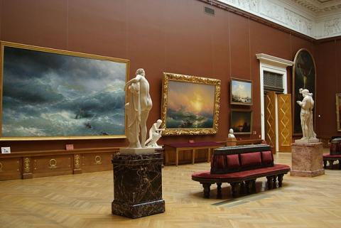 Академические залы. Картины И. Айвазовского