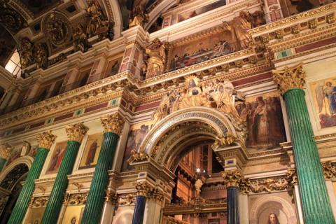 Роскошный интерьер Исаакиевского собора