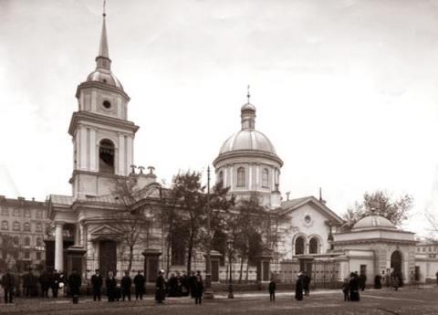 Церковь во имя Покрова Пресвятой Богородицы в Большой Коломне
